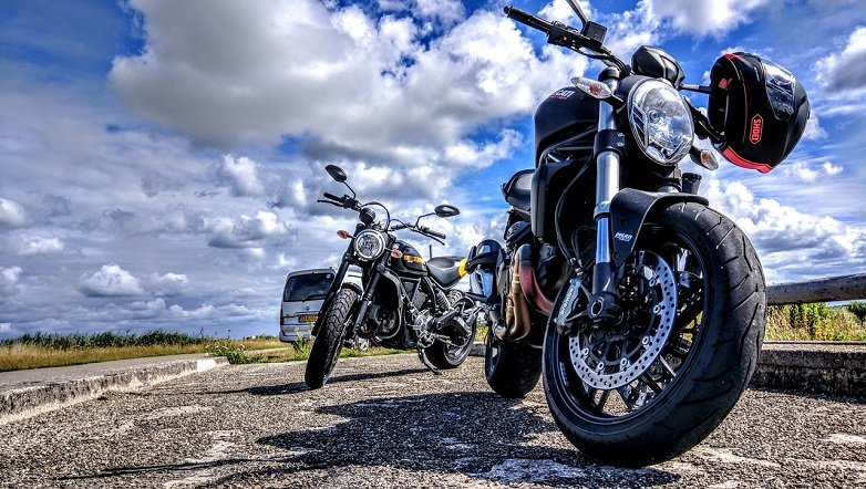 the Chicago motorcycle injury attorneys at Glen lerner discuss the safety gear that you should wear to prevent motorcycle accidents