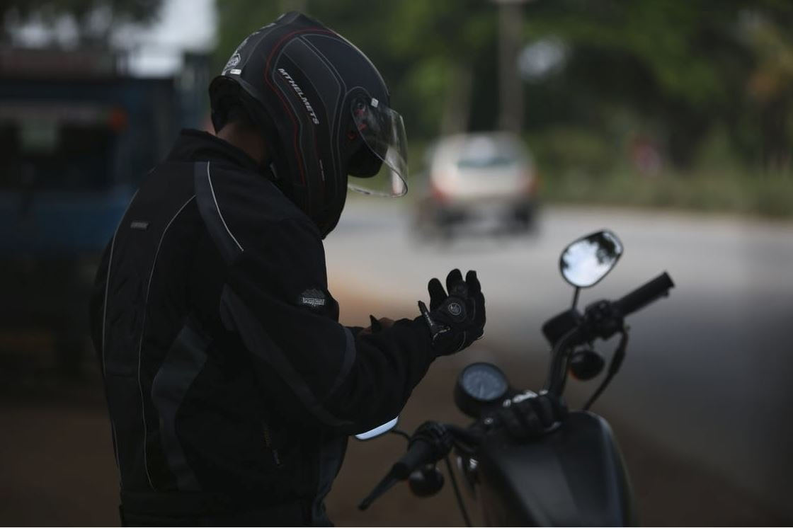 The Chicago motorcycle accident lawyers at Glen Lerner provide 5 tips for avoiding accidents