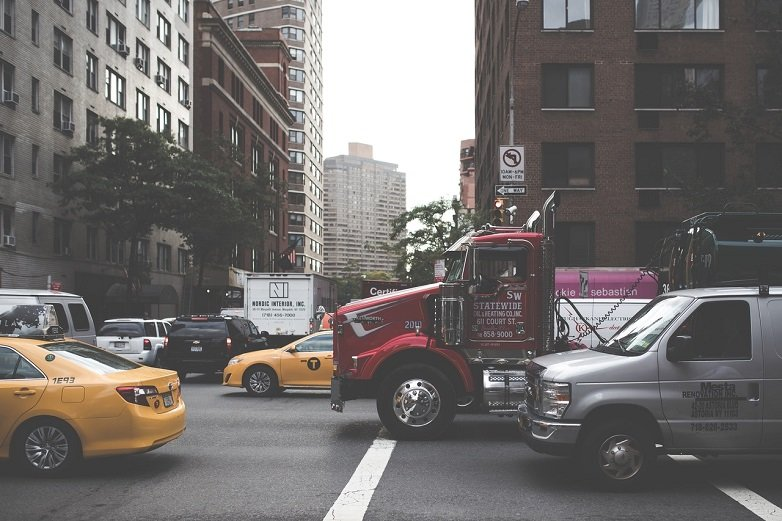 Auto Accident safety tips for avoiding crashes in Las Vegas