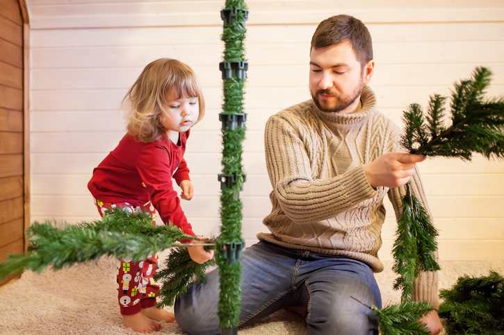 How To Avoid Holiday Decoration Injuries This Holiday